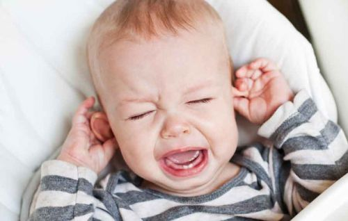 perte auditive et otite sero muqueuse chez l'enfant