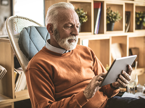 perte auditive presbyacousique, appareillage auditif des seniors en europe, monopole honteux des audioprothesistes, médecins et liens d'intérêts