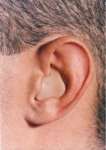 presbyacousie, perte d'audition, problèmes auditifs, appareils auditifs de type intra conque
