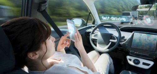 voiture-autonome-audition-presbyacousie-conduite